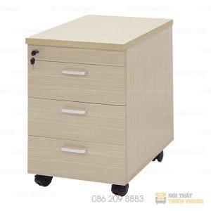 Hộc di động 3 ngăn giá rẻ TVP-11 Loại hộc di động 3 ngăn giá rẻthường được sử dụng trong văn phòng. Nó có thể kết hợp với các loại bàn làm việc để có thể cất giữ hồ sơ